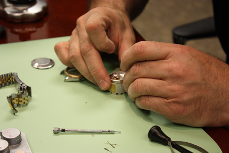 master_watch_repair077.jpg